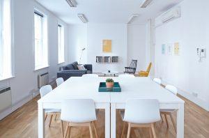 Kancelářský nábytek a jeho součásti