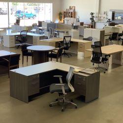 Kancelářský nábytek a jeho uspořádání
