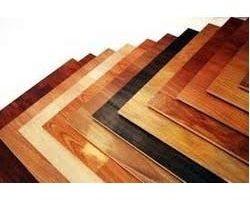 Akú vybrať farbu na drevo?