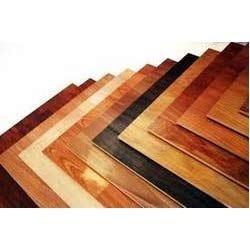 Klasická farba na drevo