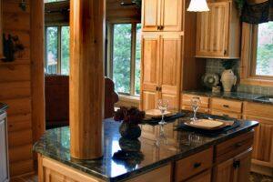 Malé kuchyně ze dřeva