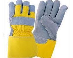 Pracovné rukavice už zachránili nie jedny ruky!